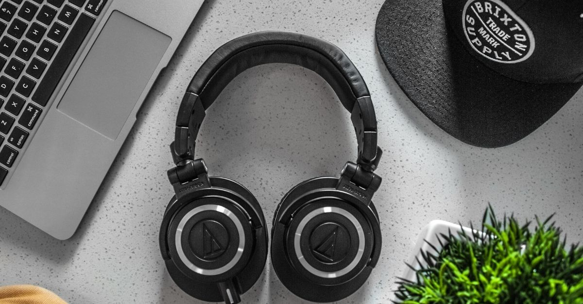 Best Headphones Under 600 With Mic India (April 2021)