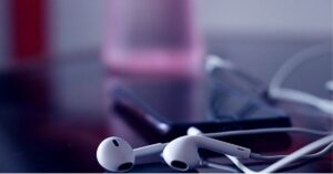 Best Earphones With Mic Under 200 India (April 2021)